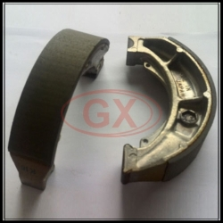 SUZUKI LTZ 250 brake shoe